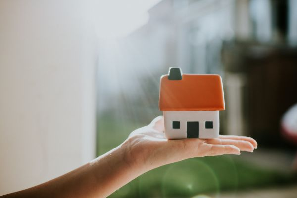 Home Ownership Stays a Pipe Dream for Many