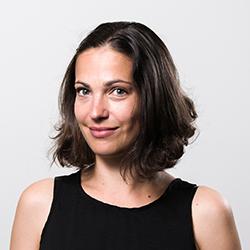 Dr Julie Moschioon